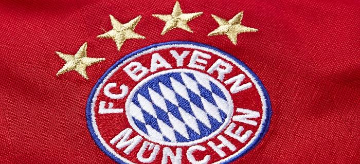 FC Bayern 4 stars above the logo