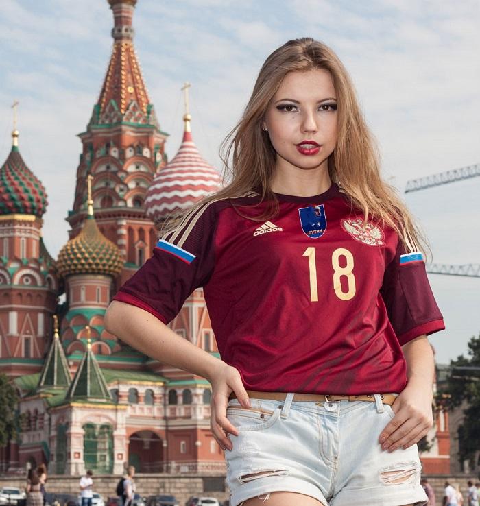 Russia jersey 2014 Putin badge
