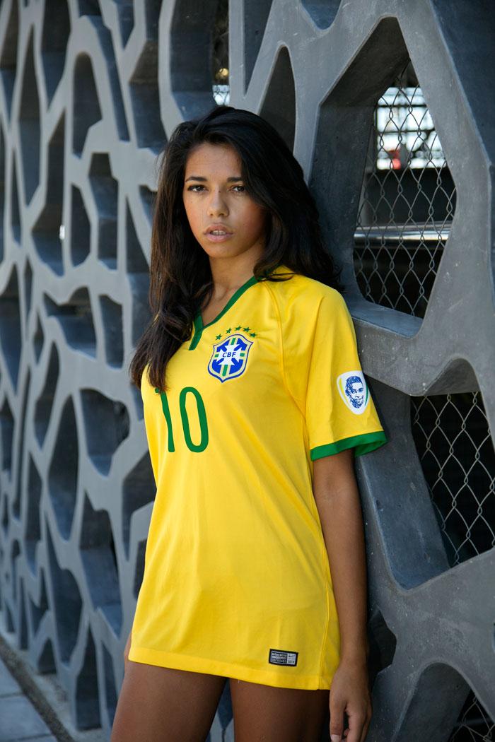 Brazil home jersey 2014 Pele badge