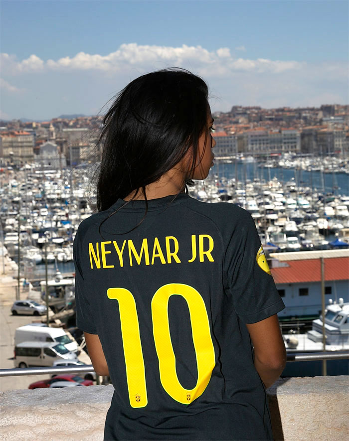 Brazil name kit Neymar Jr 10