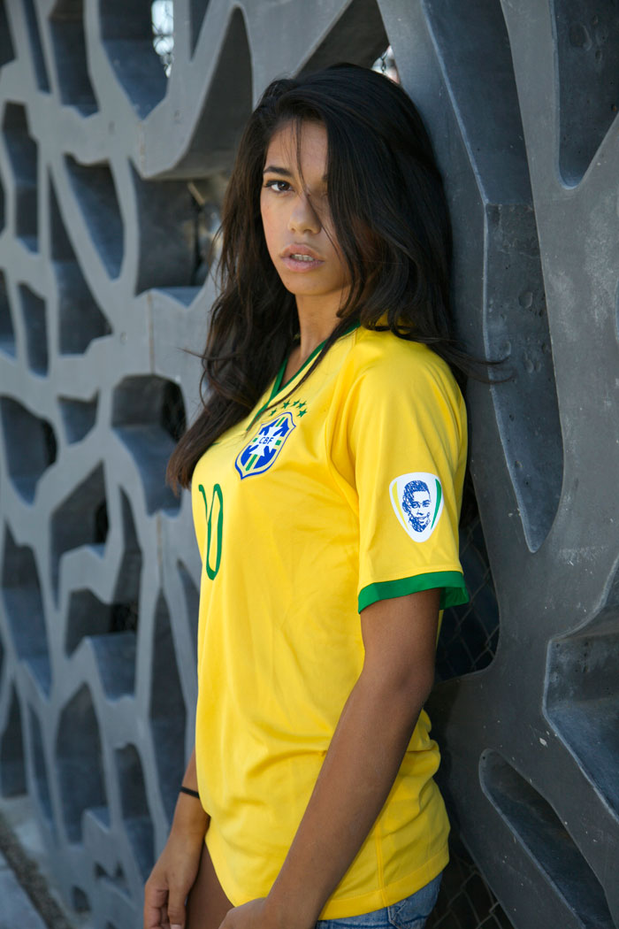 Brazil home kit Pele badge