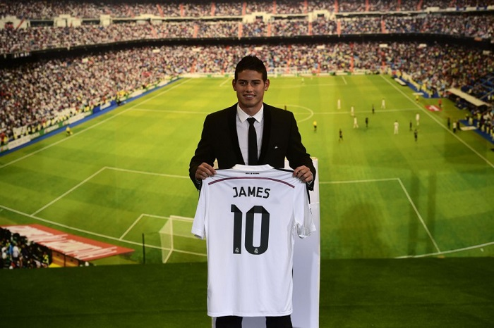 Real Madrid home jersey JAMES 10