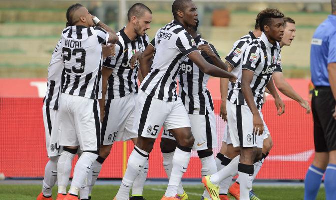 Juventus name and number kit