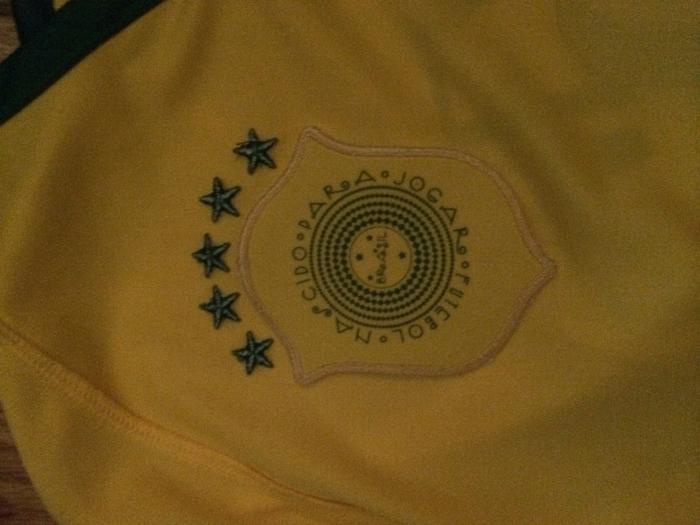 Brazil crest inside reverse