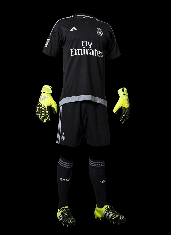Real Madrid home goalie kit 15/16