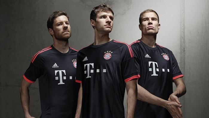FC Bayern 3rd kit 2015/16