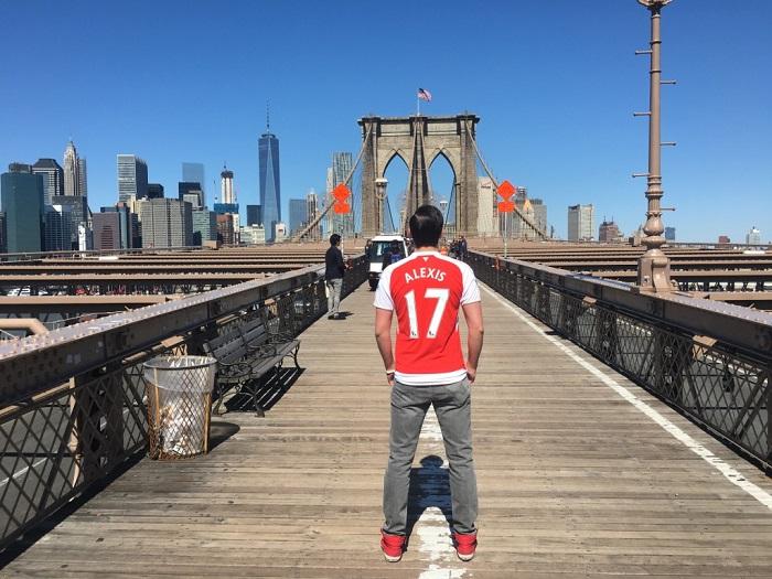 Arsenal home jersey Brooklyn Bridge