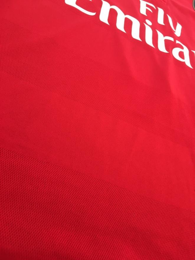 Arsenal home kit pattern