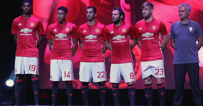 Manchester-United-Home-Uniform-16-17