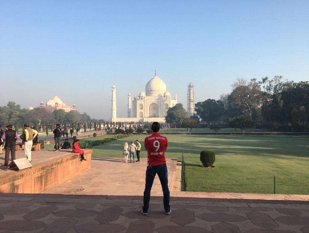 Bayern home jersey Taj Mahal