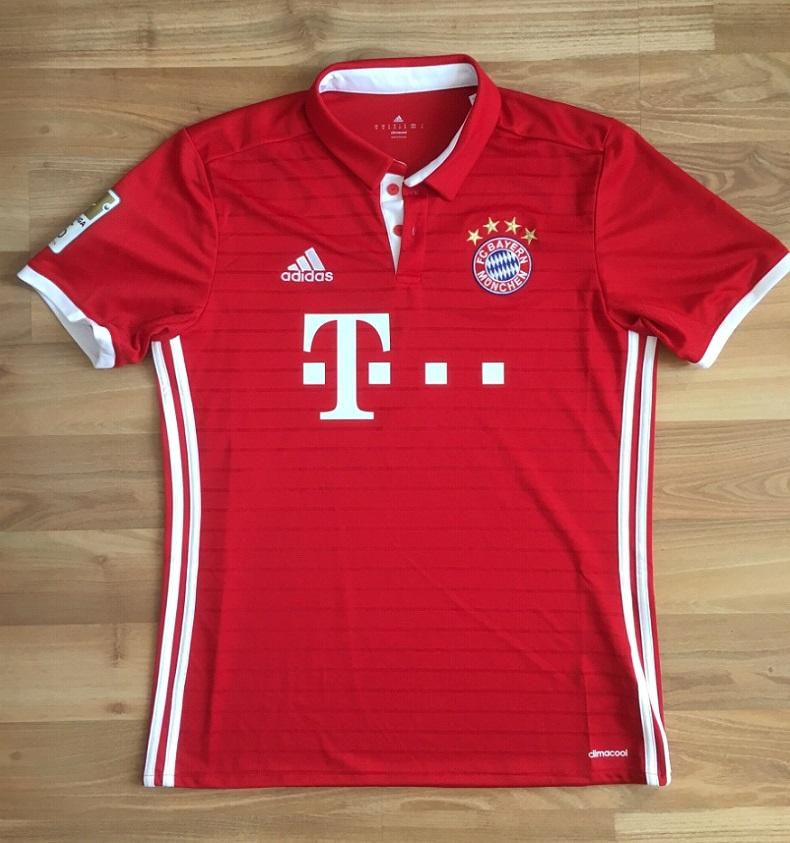 Bayern home jersey - flat