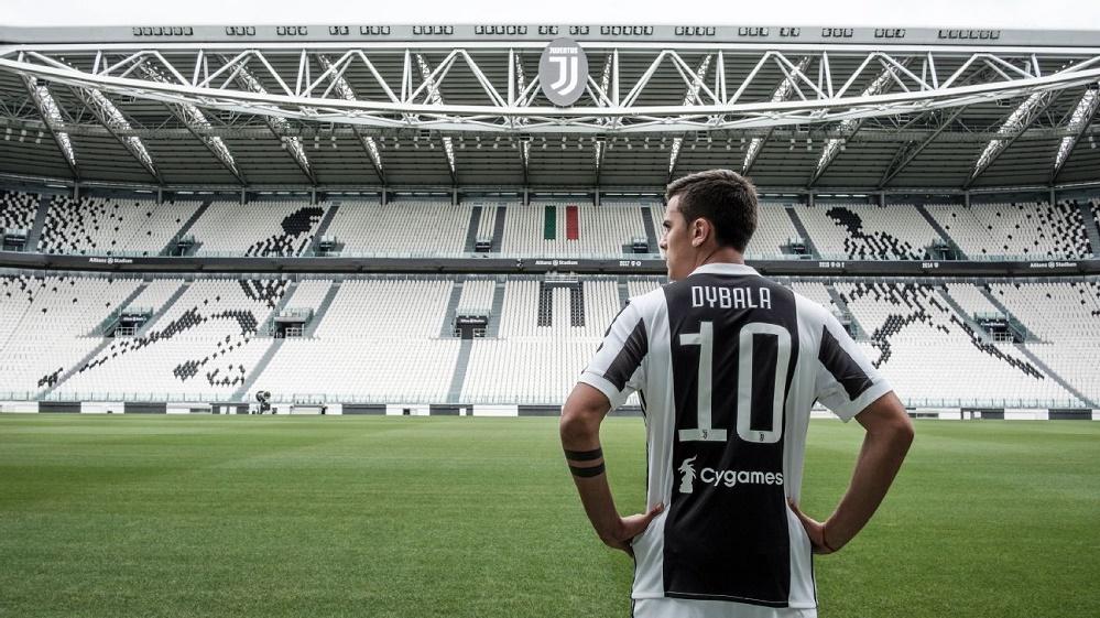 Juventus number 10 Dybala