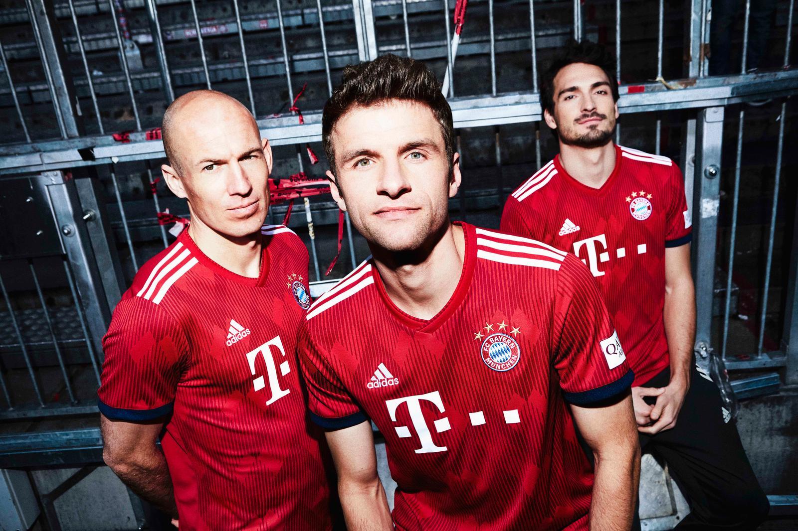 Bayern Munich home jersey 18/19