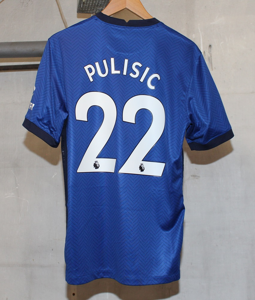 Chelsea 20/21 home kit Pulisic 22